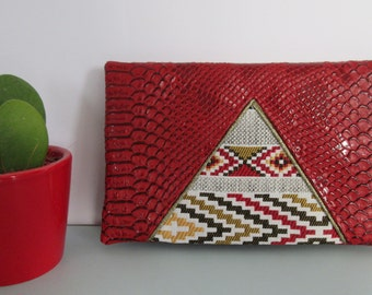Red ethnic //LOUISON// wallet