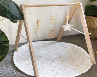 Baby Play Gym TASMANIAN OAK - No Assembly Required - Wooden Raw Scandi Boho Nursery Decor Montessori Baby Shower Gift Infant Toy Mobile