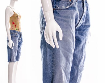 Vintage Levis Distressed Baggy BOYFRIEND jeans Cut off Knee Length slouchy broken in denim workwear faded hige whiskered