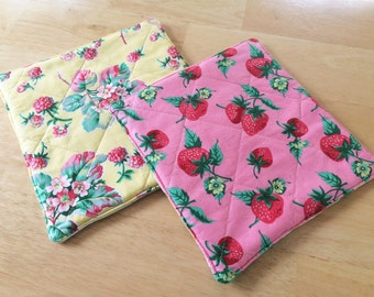 Quilted Potholders, Strawberry Fruity Kitchen Decor, Pink and Yellow Hotpads, Colorful Potholders, Pink Kitchen Pot Holder, Yellow Hot Pad