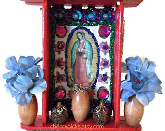 Guadalupe Picture, Mexican Nicho, Wood Nicho, Virgin of Guadalupe, Virgin Mary Nicho, Mexican Decor, Mexican Folk Art, Day of the Dead