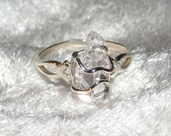Beautiful Herkimer Diamond in Sterling Silver Ring Sz 8 ~ Chakra ~ Visionary Qualitites ~ Lucid Dreams ~ Brings Spritual Light into the Body