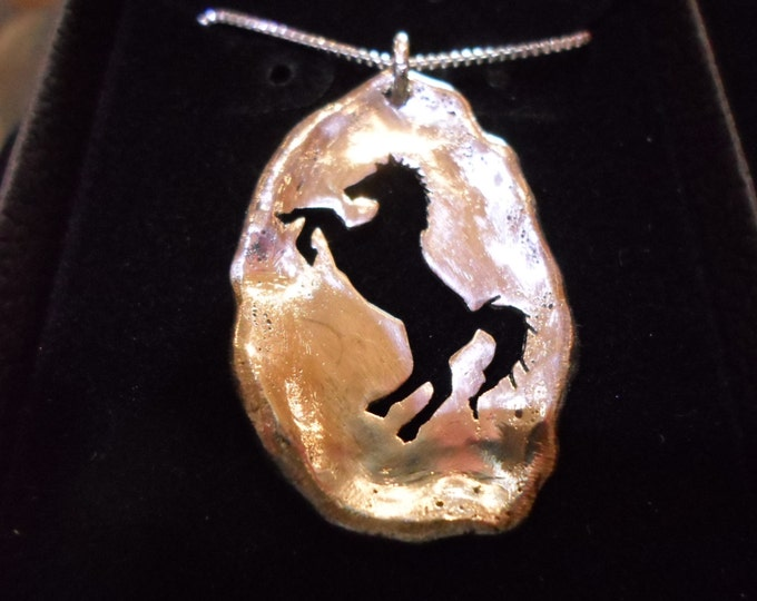 """large 37mm- 24mm Melted solid back horse w/20"""" sterling silver box chain"""