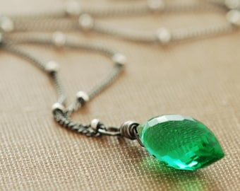 Green Quartz Necklace Wrapped in Sterling Silver, May Birthday Jewelry, Emerald Green Gemstone Pendant Necklace Handmade, aubepine