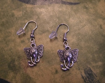 Silver earrings - elephant head