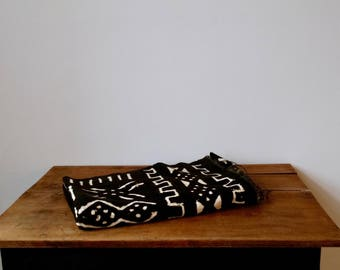 """Vintage Black and White African Mud Cloth Textile 48"""" x 67"""""""