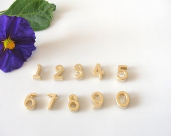 Number Necklace, Personalized number necklace, Number Gold Necklace, Mini number Necklace, Gold Necklace.