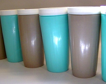 Vintage Twinsulated Space Magic Insulated Thermal Tumblers Your Choice in Turquoise or Milk Chocolate