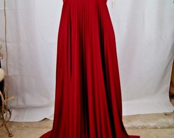 Beautiful Vintage Cranberry Full length Dress Size 12 Accordion pleats