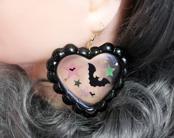 Bats In Starlight - Glittery Ruffled Jelly Heart with Bat Confetti & Iridescent Stars