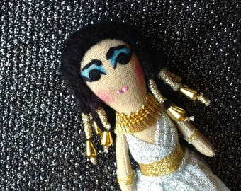 Elizabeth Taylor. Cleopatra. Mini Icon Doll. Heirloom Doll.