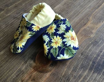 crib shoes, soft baby shoes, baby girl shoes, yellow and navy floral baby shoes, 0-3m, baby shower gift