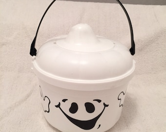 Vintage McDonald's Ghost Plastic Trick Or Treat Candy Bucket