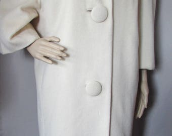 1960 Era Coat Winter White Coat Faux Leopard Collar Maurice Rothschild Townley Brand Brittany Coats Dolman Sleeves Vintage Fashions