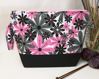Medium Wedge Bag - Mod Pink Floral with Padded Organizer Pocket