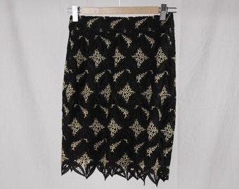 Authentic GAI MATTIOLO COUTURE Vintage Black and Golden macrame skirt size 42