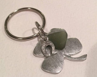 Lucky of the Irish four leaf clover with green sea glass keychain, talisman,Irish symbol, horseshoe key ring, St Patricks Day, good luck