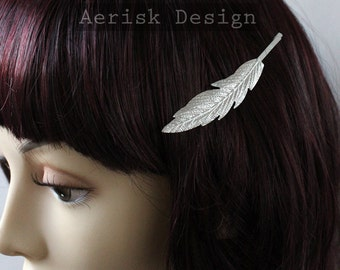 LAST CHANCE Silver Feather Bobby Pin Hair Clip (1 hair clip) Woodland feather shape Elven Hair,Vintage tone hair jewelry for wedding updos