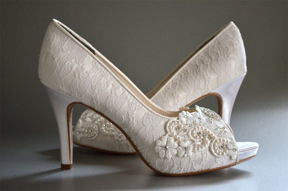 vintage style wedding shoes lace wedding shoes womens wedding shoes bridal shoes 8299