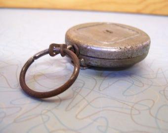 Vintage Retractable Key-Bac key ring