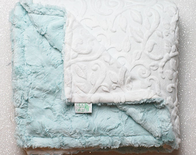 Baby blanket, minky blanket, soft blanket, baby girl, aqua, aqua and white, seaglass hide, baby boy, unisex blanket, cuddle, baby gift
