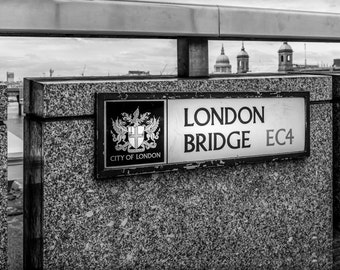 UK Art Print - London Art Photography wall art print, Black & White Photograph home decor, London Bridge Photo, Entry Wall Decor