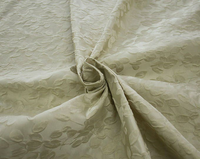990101-009 JACQUARD-Co 63%, Se 31, Pc 6, 140 cm wide, manufactured in Italy, dry cleaning, weight 238 gr, price 1 meter: 95.17 Euros