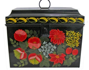 Country Painted Trunk with Maine design
