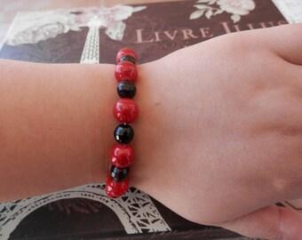 black bracelet, red agate bracelet, red bracelet, Beaded Stretch Bracelet, stretch bracelet, beaded bracelet, elastic bracelet