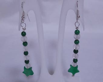 Pendant green shooting star earrings