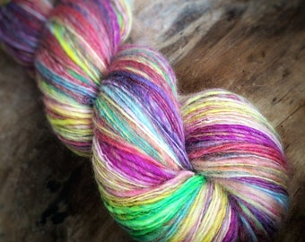 Oh! Colours!!- supreme corridale wool  - single thread handspun shawl yarn 104gr 426m