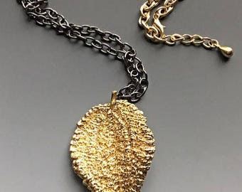 Large Textured Leaf Pendant Necklace