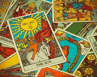 A year of weekly tarot readings