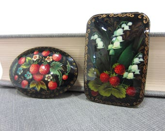 Two Gorgeous Delicately Handpainted Lacquered Russian Berry Brooches