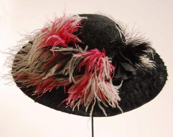 1900s Original  Black Fur Felt Dramatic Large Brim Ostrich Trim Hat -Perfect Item 852, Hats