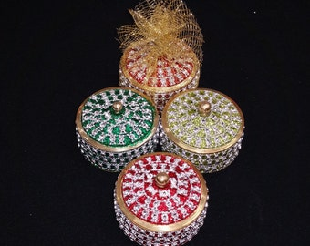 Party Favors Designer Round Jewelry Boxes - 10 Boxes for 40 Dollars