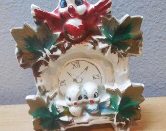 Vintage McCoy Pottery Coo Coo Clock wall pocket