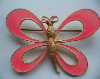 Vintage Unsigned Goldtone/Pink Outlined Butterfly Brooch/Pin