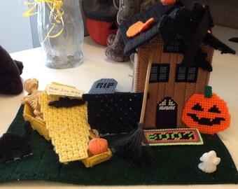 Halloween grave yard seen tissue box holder