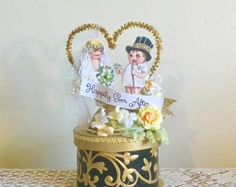Wedding Ring Box/Keepsake Box/Wedding Cake Topper