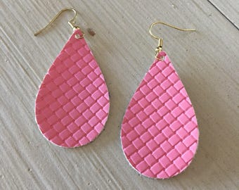 Faux leather teardrop earrings/bright pink quilted statement earrings/spring fashion