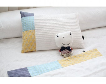 SOABE S/S Pillow Cover, Yellow-Sky Blue-Violet toned patchwork