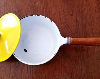 MCM Finesse yellow pot