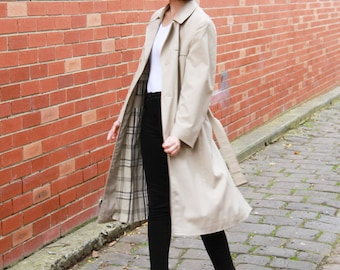 Vintage 1980s Trench Coat /  Strellson of Switzerland / Plaid Lining / Beige Overcoat / L
