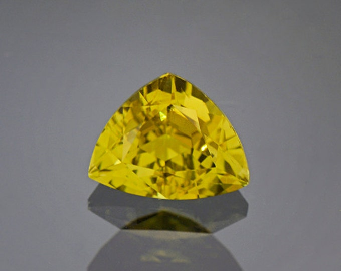 Rich Yellow Green Heliodor Beryl Gemstone from Brazil 2.70 cts