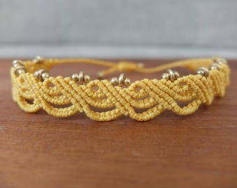 Macrame Anklet yellow