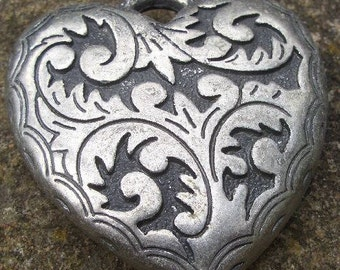 Heart ' vine '-flat-antique silver-45x42mm