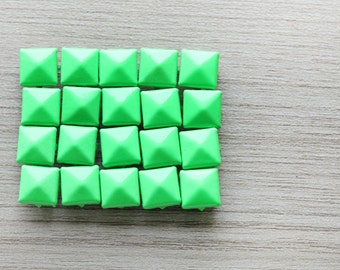50pcs of Green Pyramid Studs For Craft - 9 mm