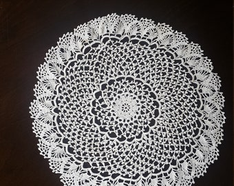 white lace cup base