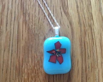 Floral fused glass pendant